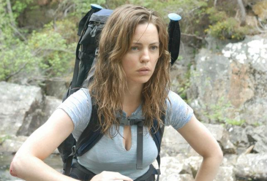 Melissa-George-A-Lonely-Place-to-Die-11